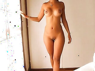 Amazing Latina! Trying to get Fisted and Gaping Pussy!