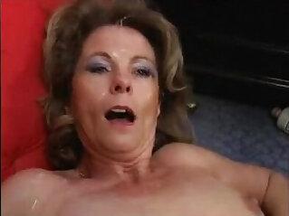 Mature Milf like to Bang CumSwallow
