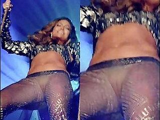Jennifer Lopez pussy lips