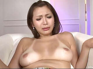 Mai Kuroki sucks a cock while her sweet trimmed pussy toyed