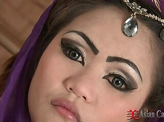 Oriental Solo With her Sexy Aun