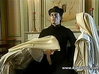 Nuns fuck session with Priest and fisting