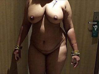 indian aunty sexy show