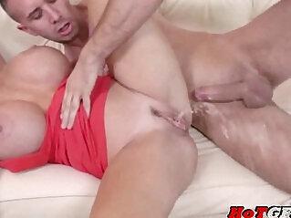 Deauxme Dirty milf likes big cock.