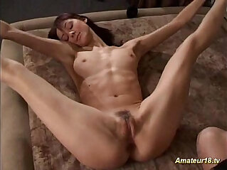 Flexible boytoy Contortionist gets hard fucked