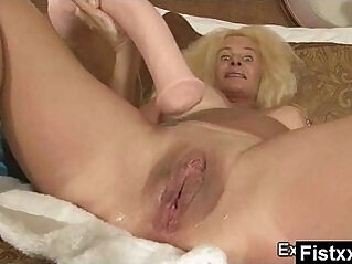 Wild Breasts Fisting Milf gets Fucked