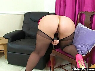 British milf india Summer Angel Lee makes her nyloned pussy squirt