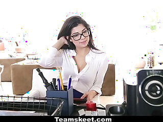 CFNMTeens Horny Secretary Fucks Her Boss!