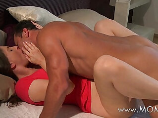 MOM husband wife make love in the morning